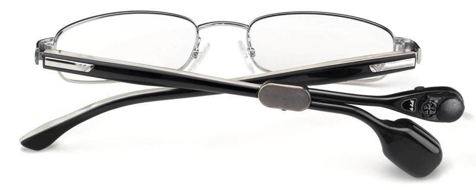 德国布鲁克霍夫公司 (拉贝眼镜式骨导助听器生产厂家) 1981 布鲁克霍夫合营公司成立,公司致力于提供全范围的助听器装置以及相关服务。 1990 la belle 型助听器, 安装在眼镜上的尺寸最小的助听器设备  2007 la belle骨传导型眼镜安装助听器BC 211  2008带有多麦克风系统的la belle BC 421 骨传导助听器装置  2008 儿童用骨传导式助听器 Junior BC 211/421  2009 骨传导助听器用耳机 BC 211
